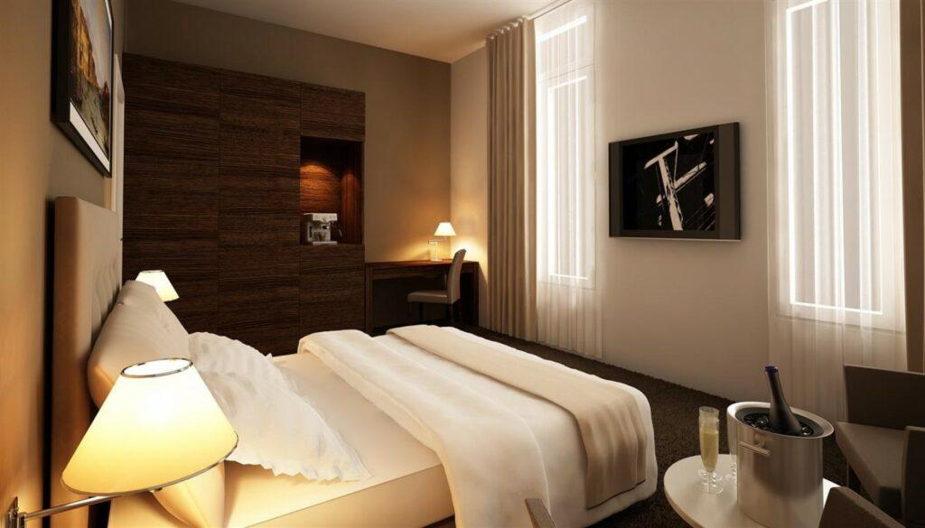 1303 Hotel